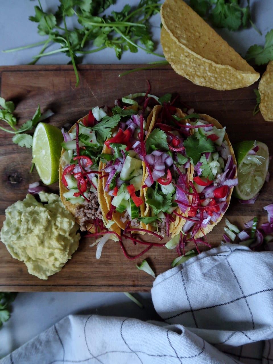 tacoschelpen gehakt guacamole met gehakt en guacamoleen met gehakt guacamole