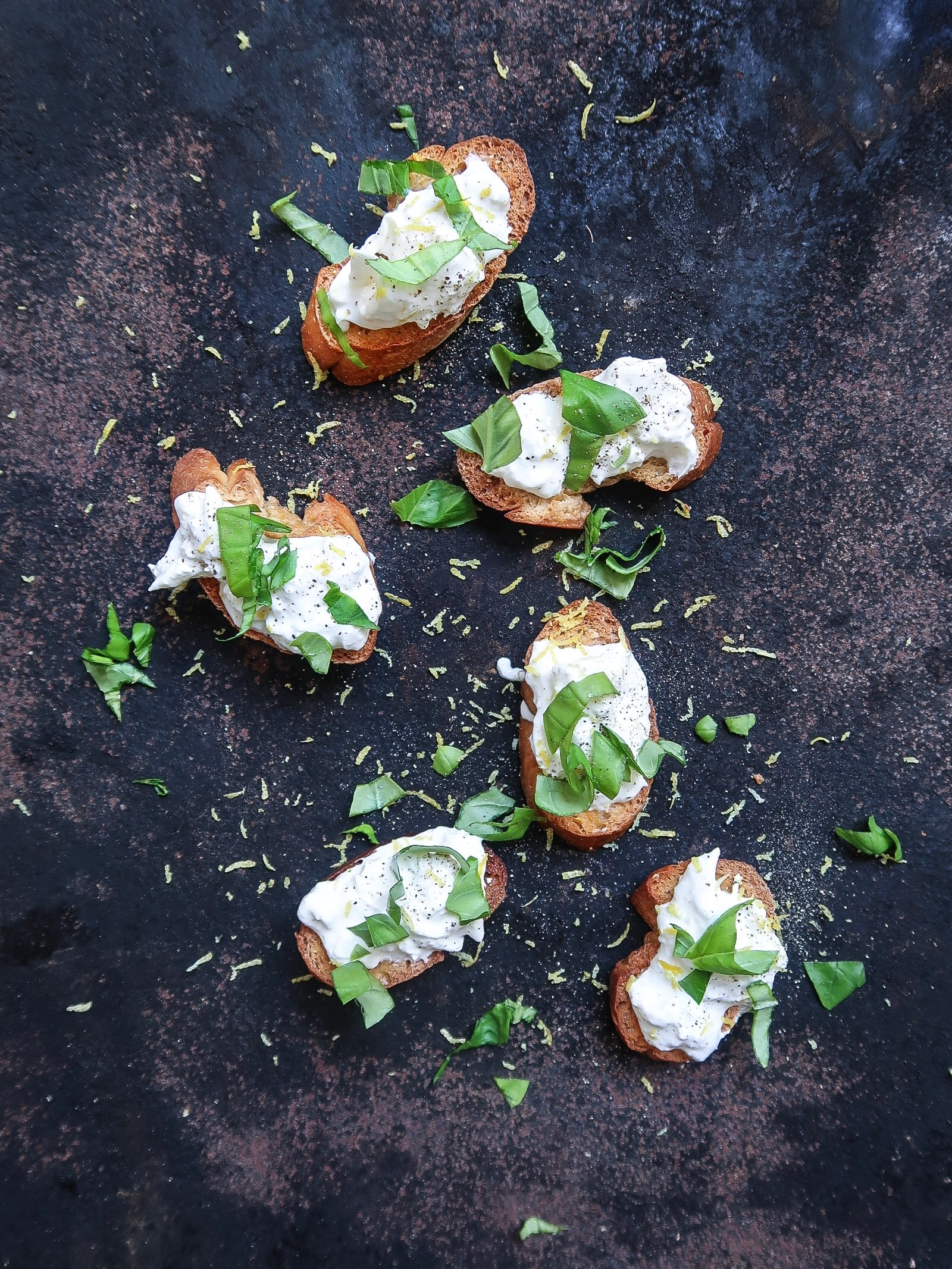 Crostini's met burrata