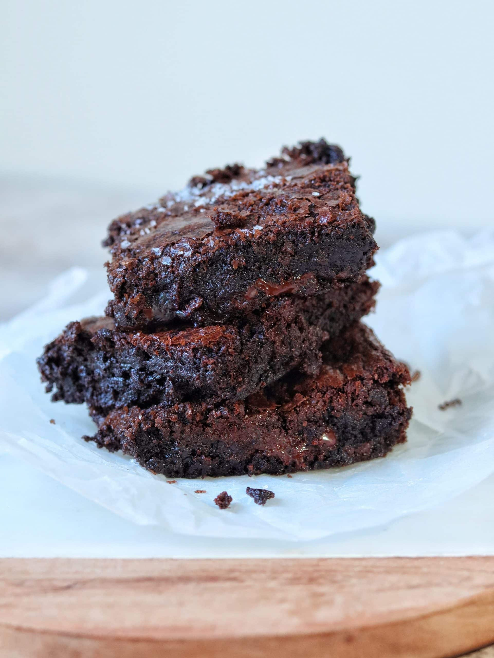 Flaky brownies